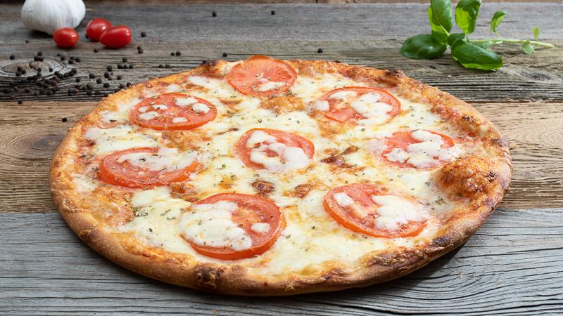 Pizza Caprese | Ladispoli München