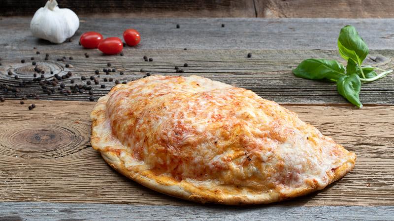 Pizza Calzone   Ladispoli München